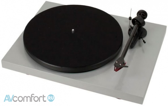 AVComfort, PRO-JECT Debut Carbon (2M-Red) Silver